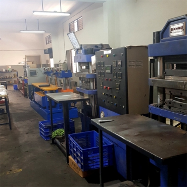 Rubber Molding Machines 3